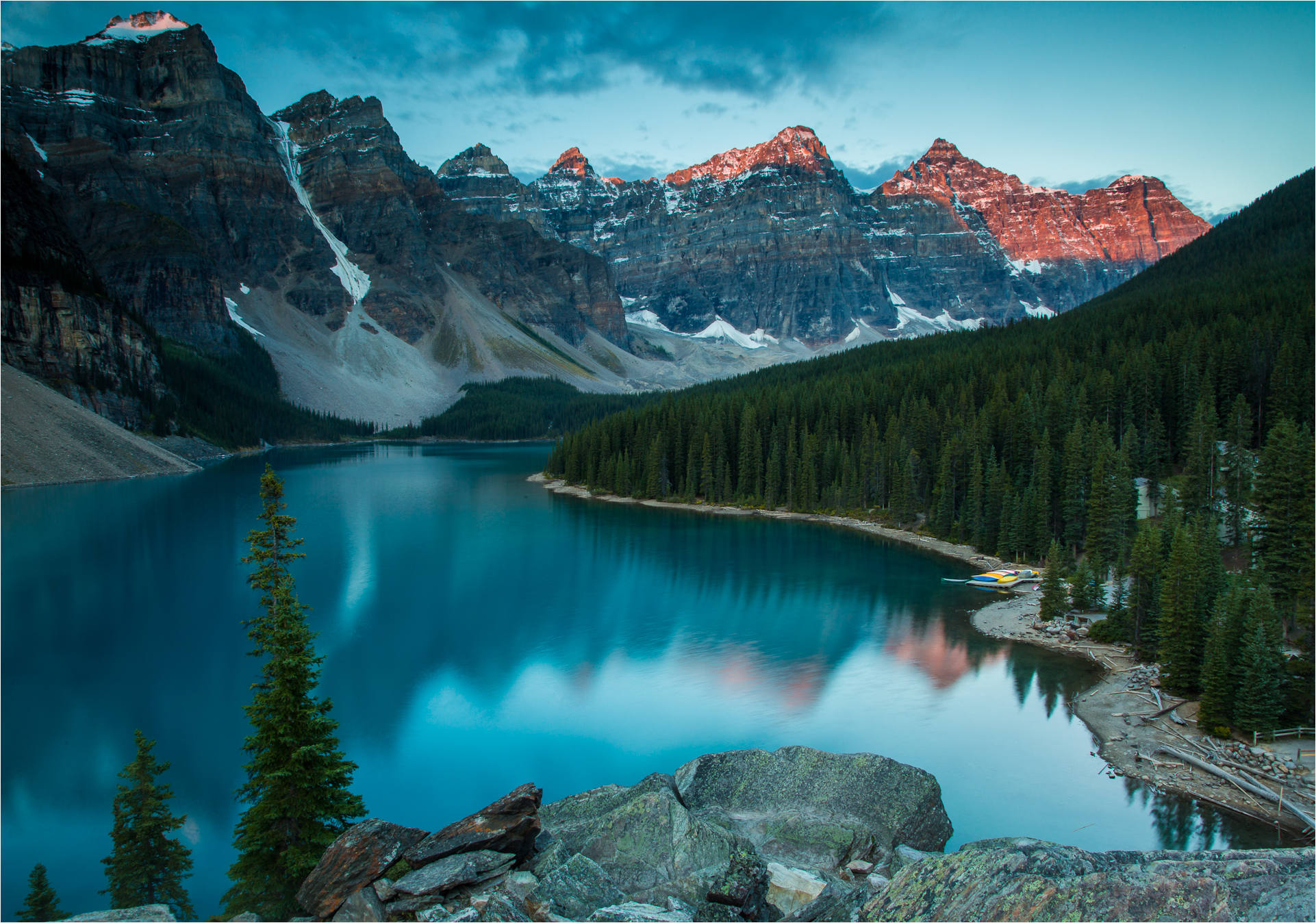 Moraine Lake Backgrounds on Wallpapers Vista