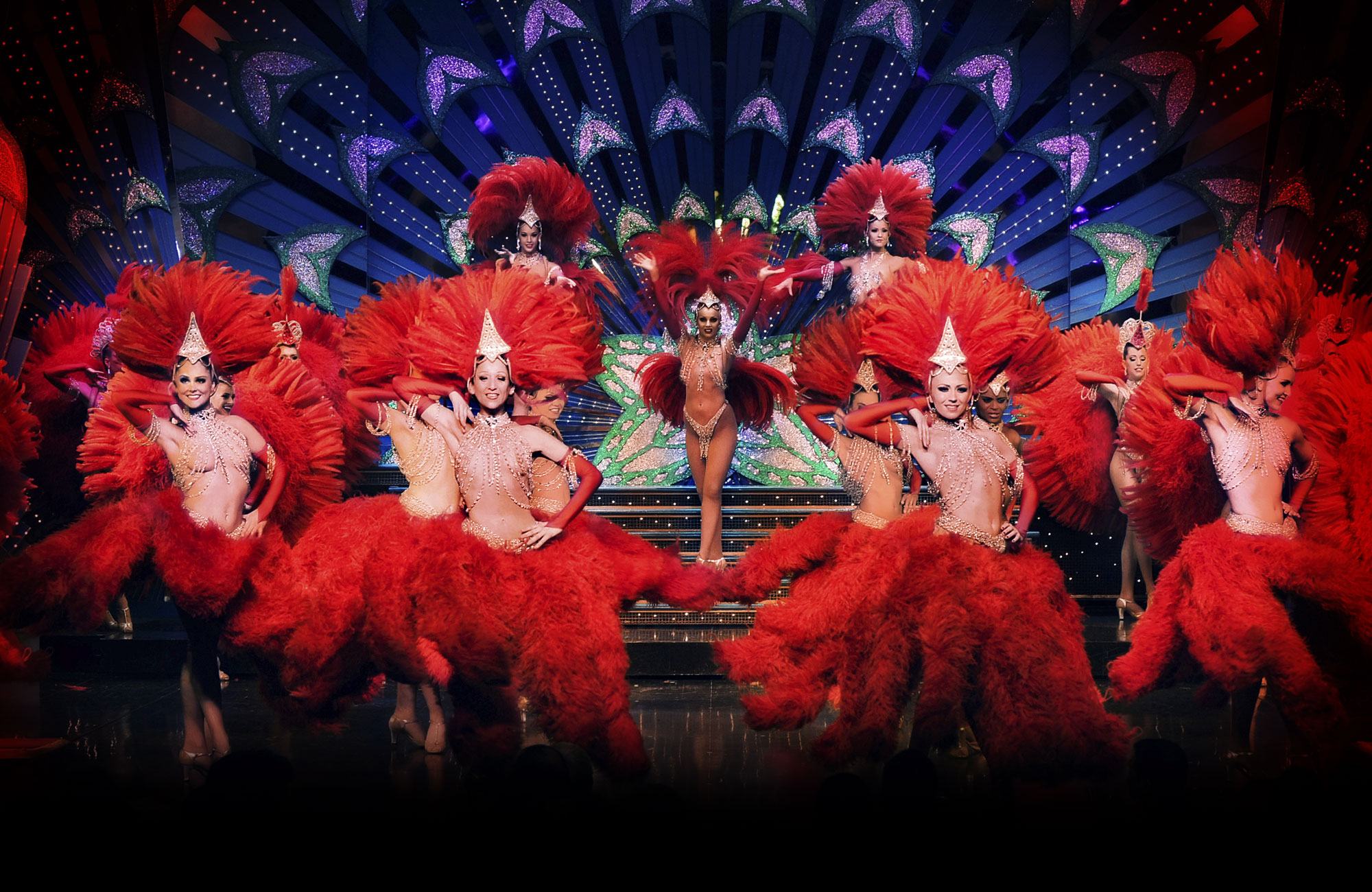 Amazing Moulin Rouge! Pictures & Backgrounds