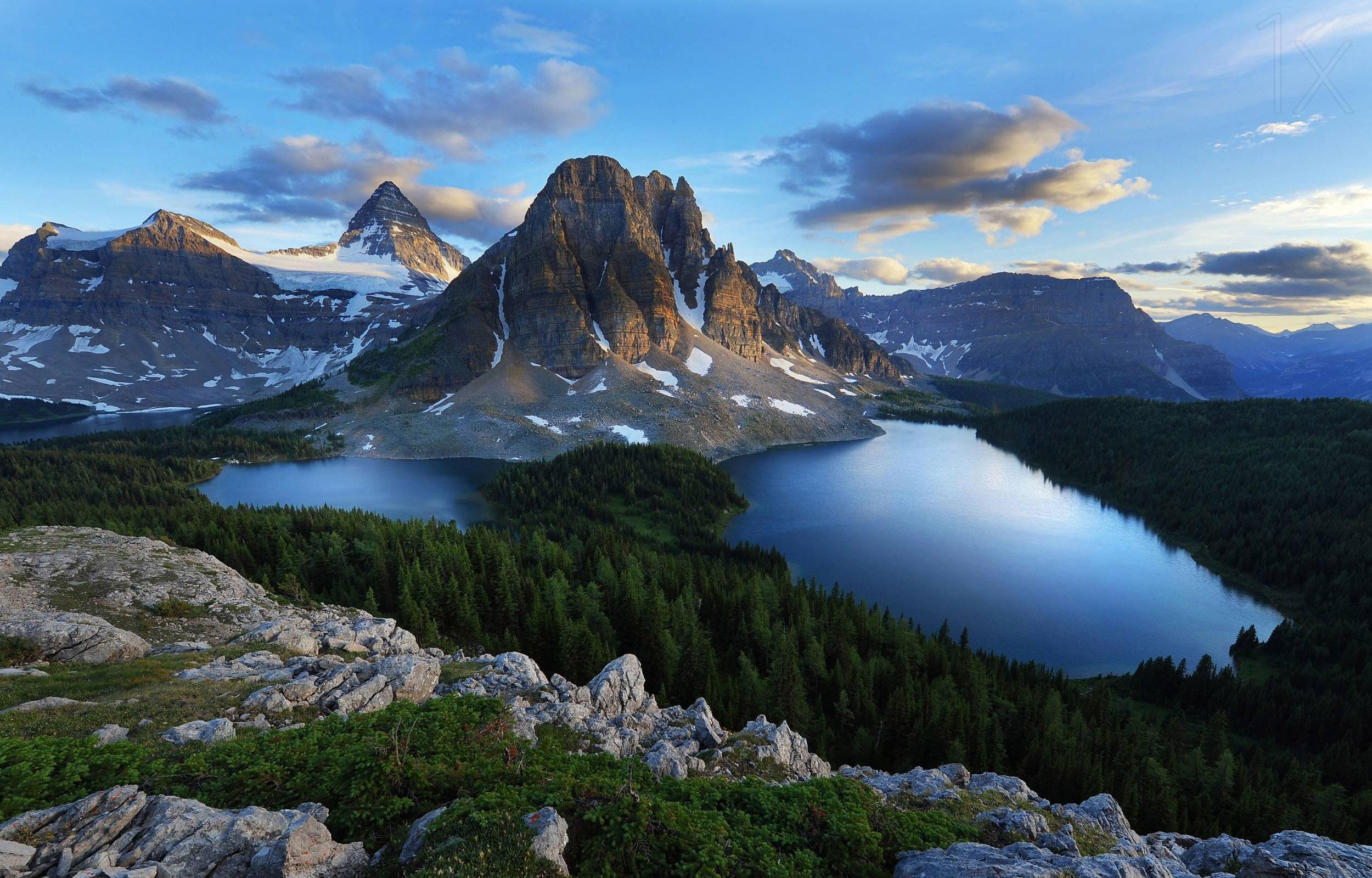 Mount Assiniboine Pics, Earth Collection