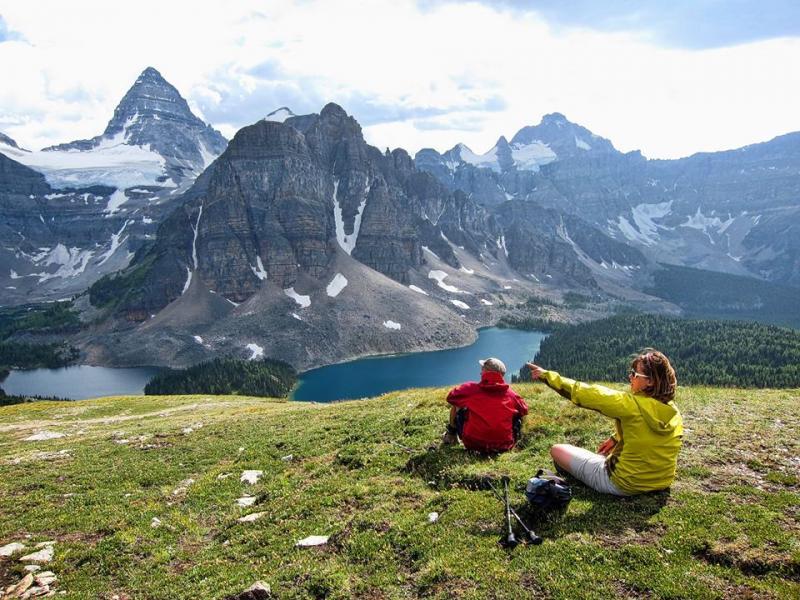 Images of Mount Assiniboine | 800x600