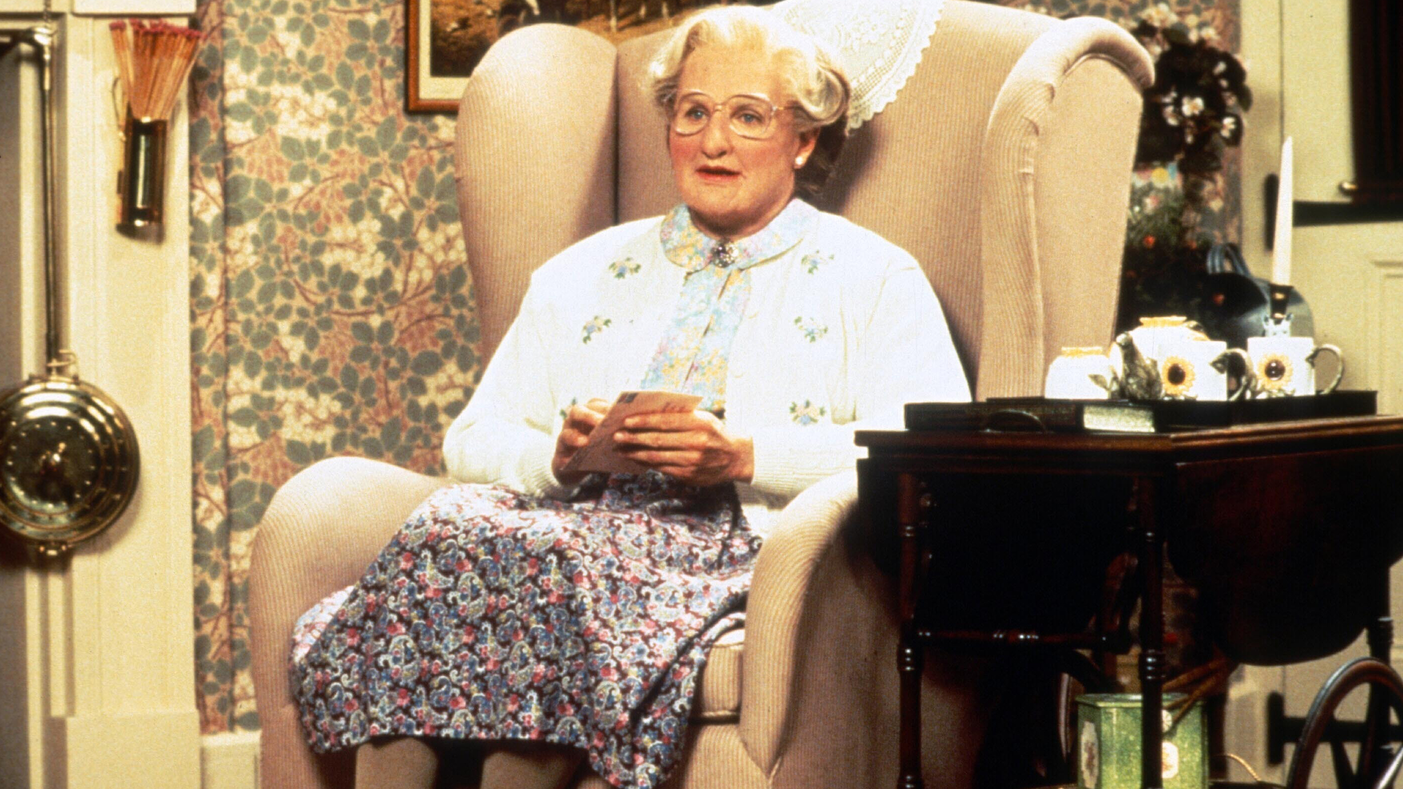 HQ Mrs. Doubtfire Wallpapers | File 2946.86Kb