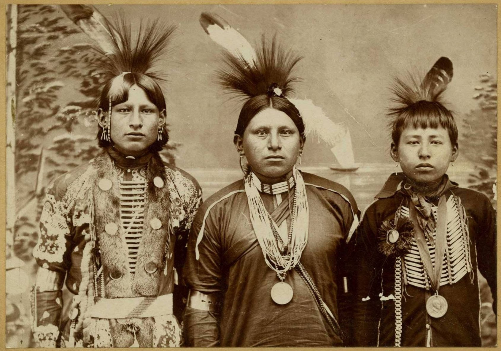 1689x1182 > Native American Wallpapers