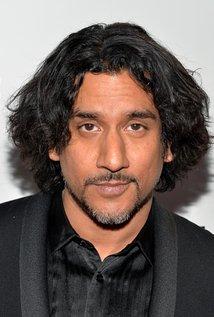 HQ Naveen Andrews Wallpapers | File 16.18Kb