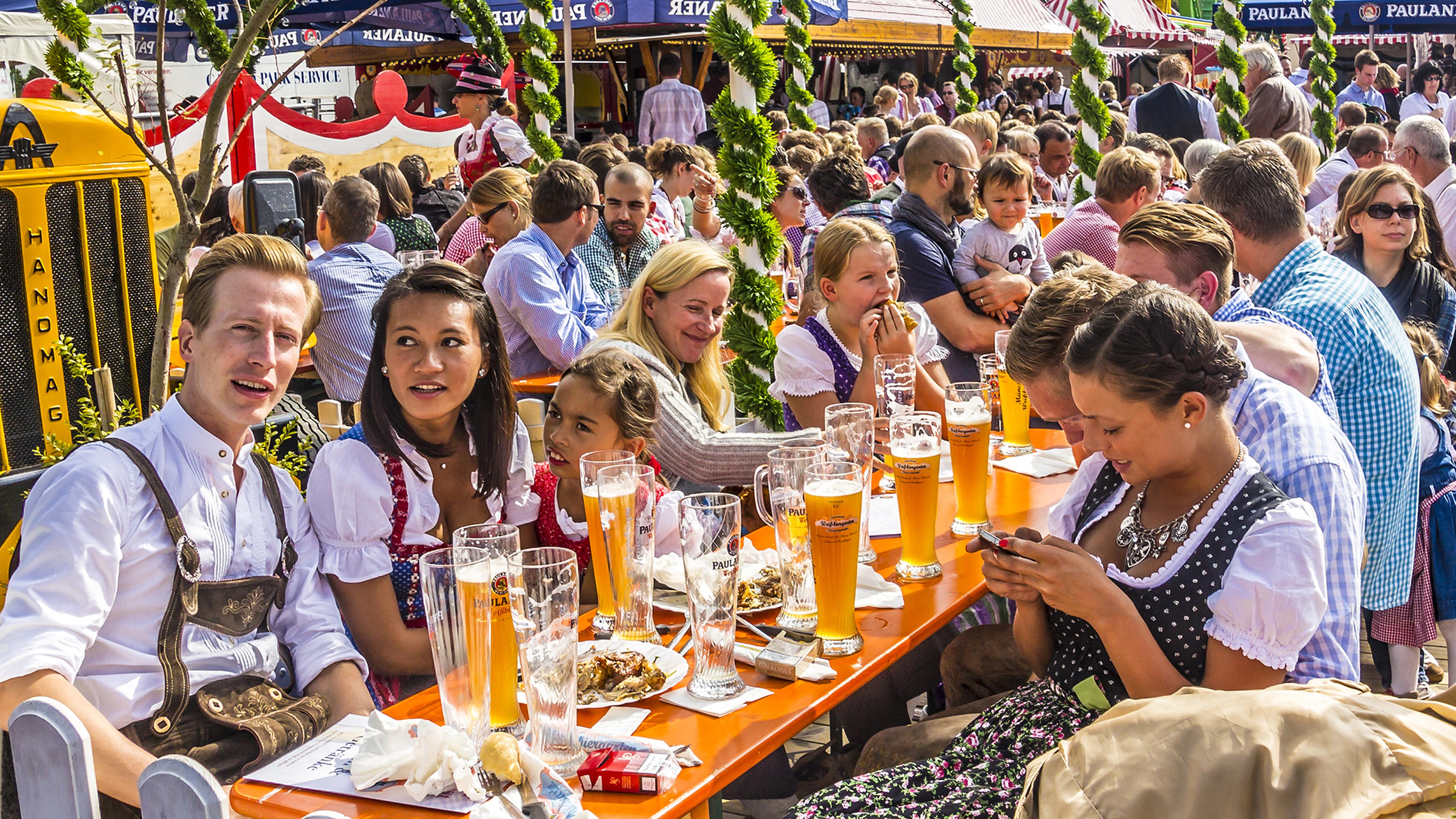 Images of Oktoberfest | 4166x2343