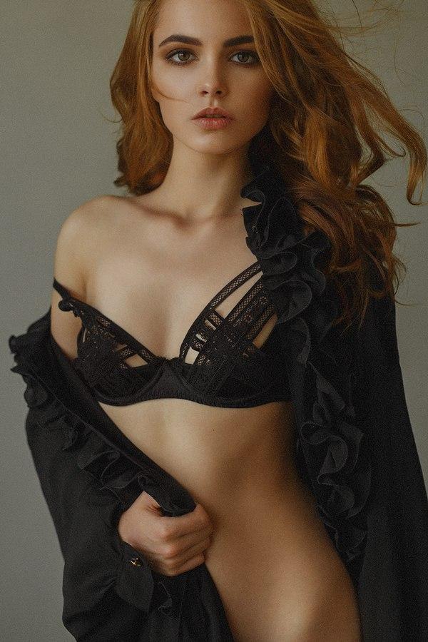 Oktyabrina Maximova Backgrounds, Compatible - PC, Mobile, Gadgets  600x900 px