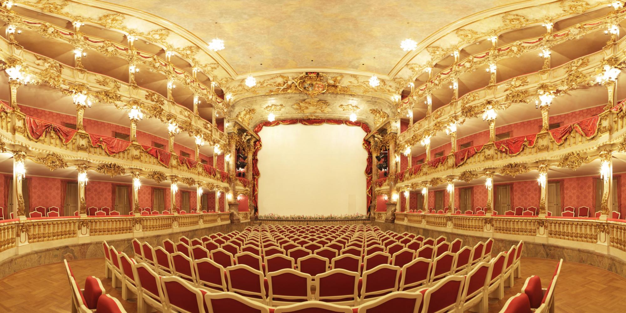 HQ Opera Wallpapers | File 730.32Kb