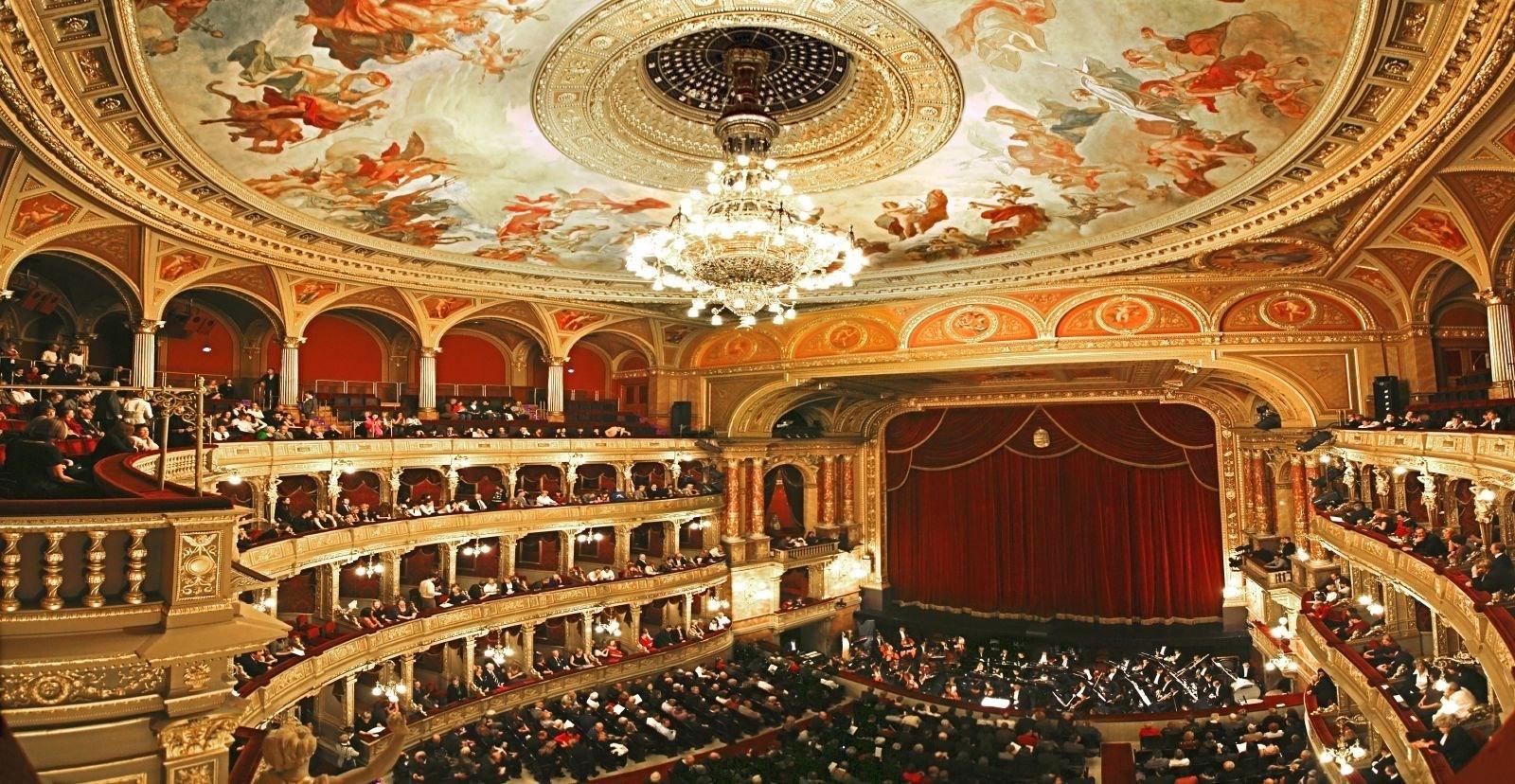 HQ Opera Wallpapers | File 454.55Kb
