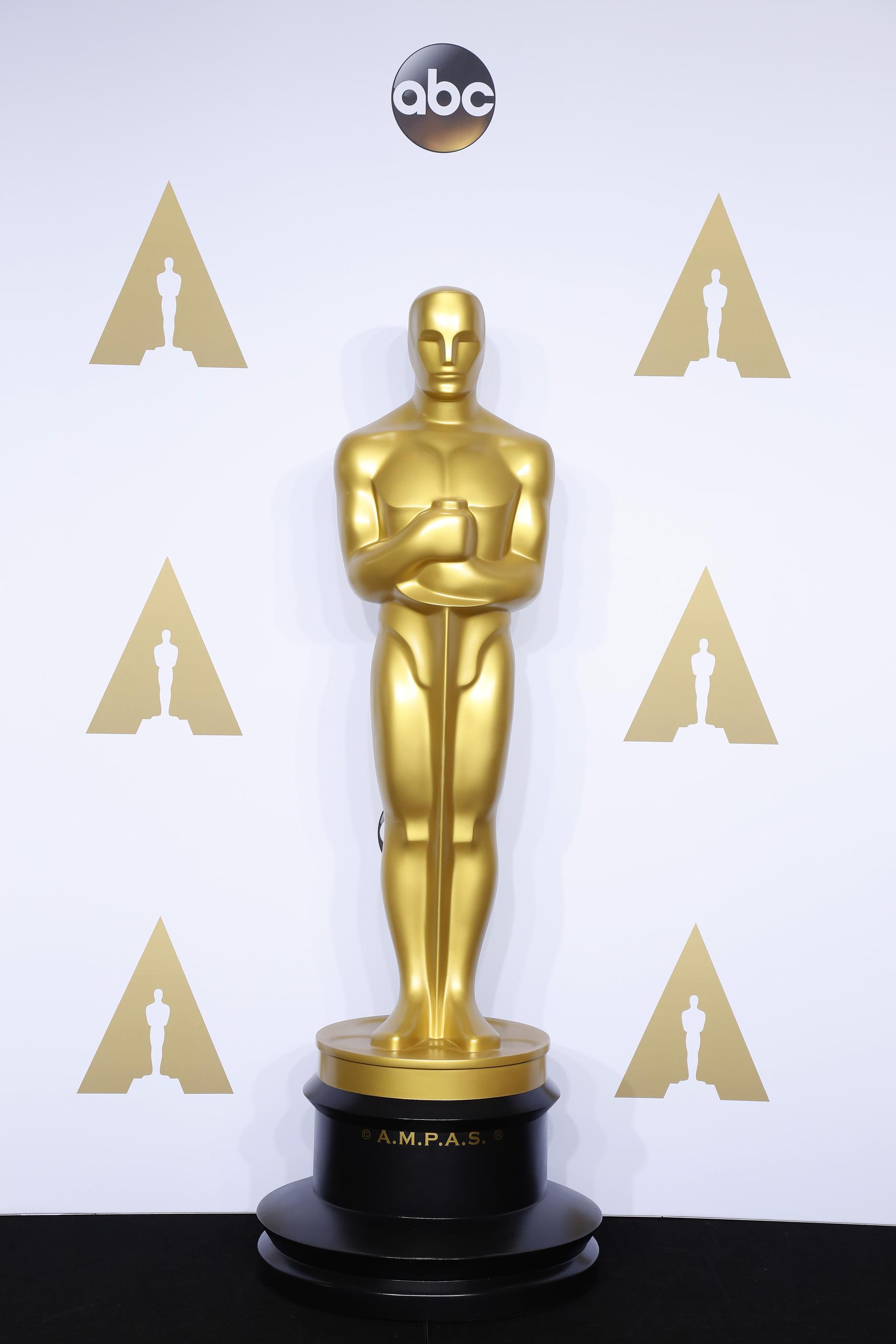 1867x2800 > Oscar Wallpapers