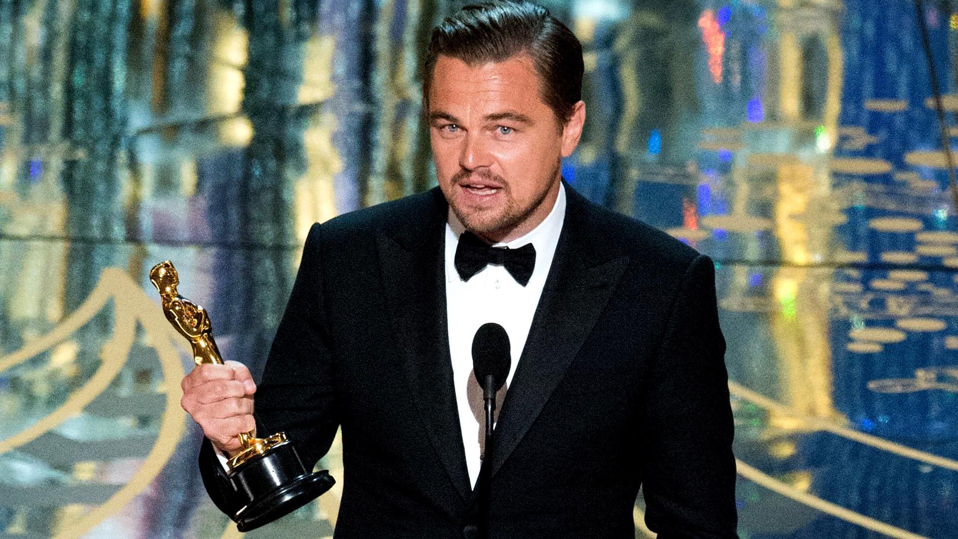 Oscar Backgrounds on Wallpapers Vista