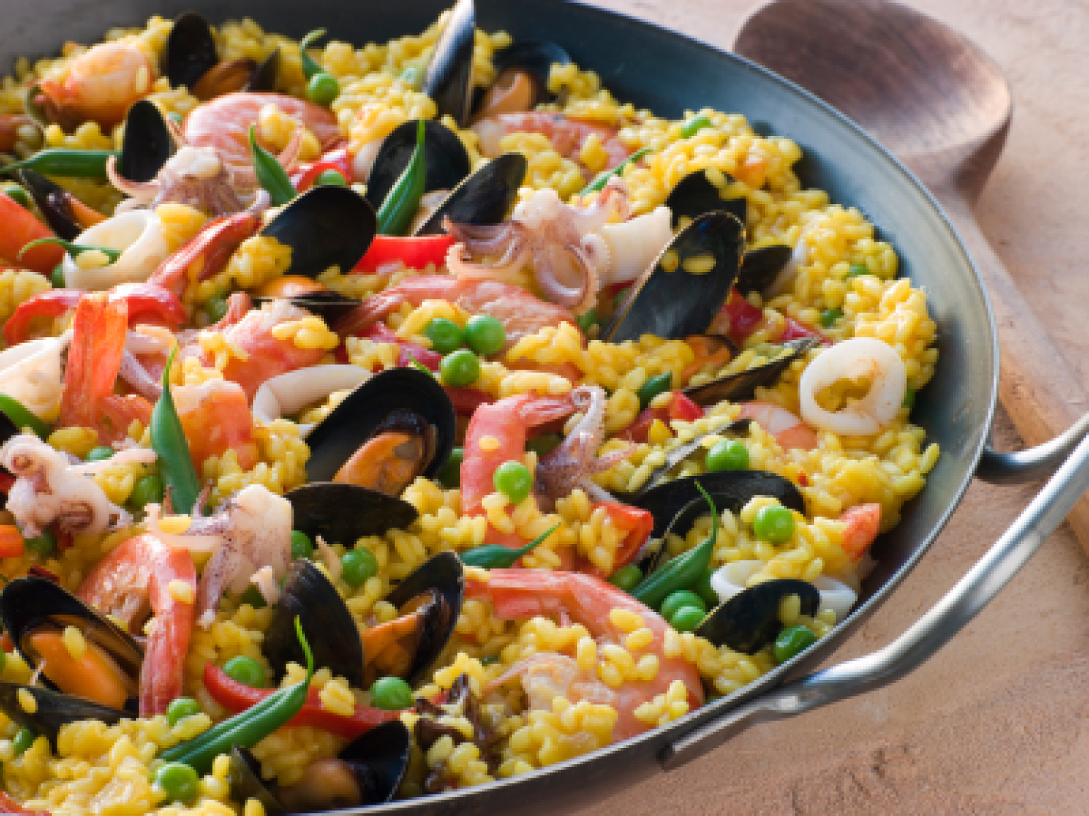 HQ Paella Wallpapers | File 532.93Kb
