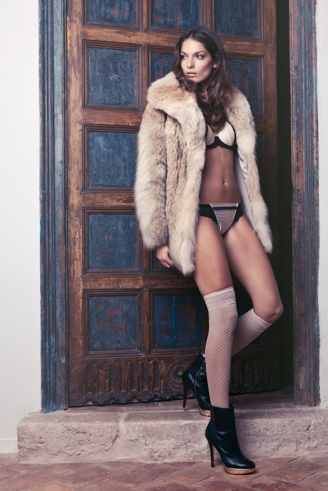 Images of Patricia Roman | 467x700