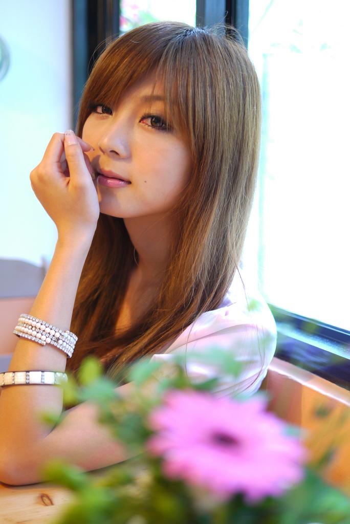 Patty Yong Backgrounds, Compatible - PC, Mobile, Gadgets  684x1024 px