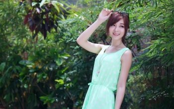 HD Quality Wallpaper   Collection: Women, 350x219 Patty Yong