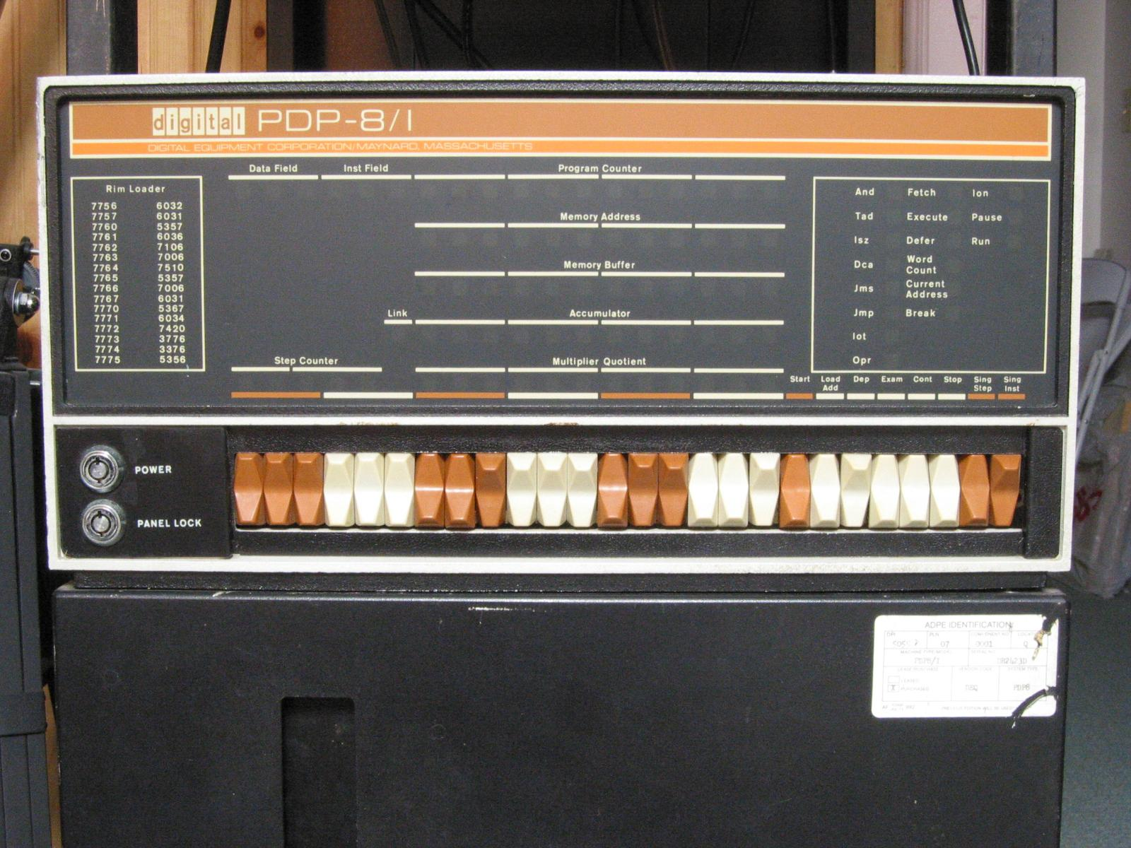 Images of PDP-8 1 | 1600x1200