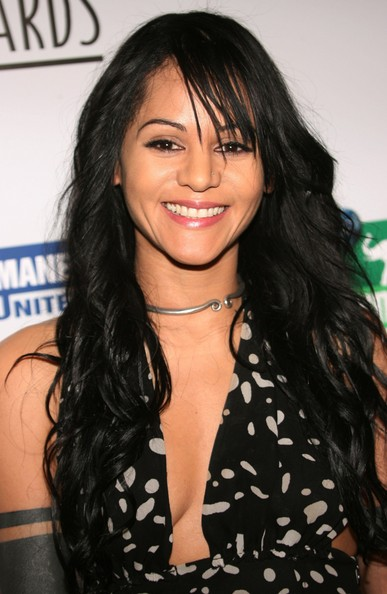 Persia White Backgrounds on Wallpapers Vista