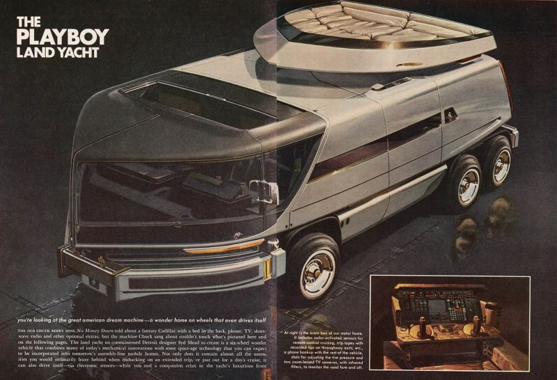 Images of Playboy Land Yacht | 800x546