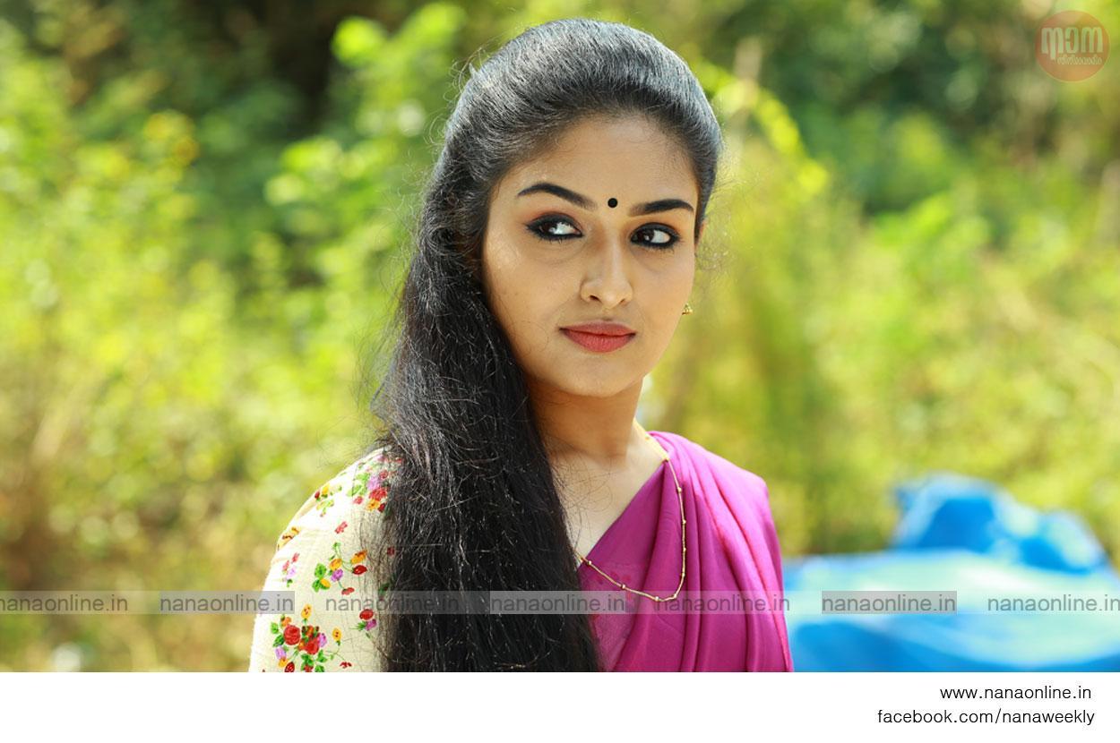 Amazing Prayaga Martin Pictures & Backgrounds