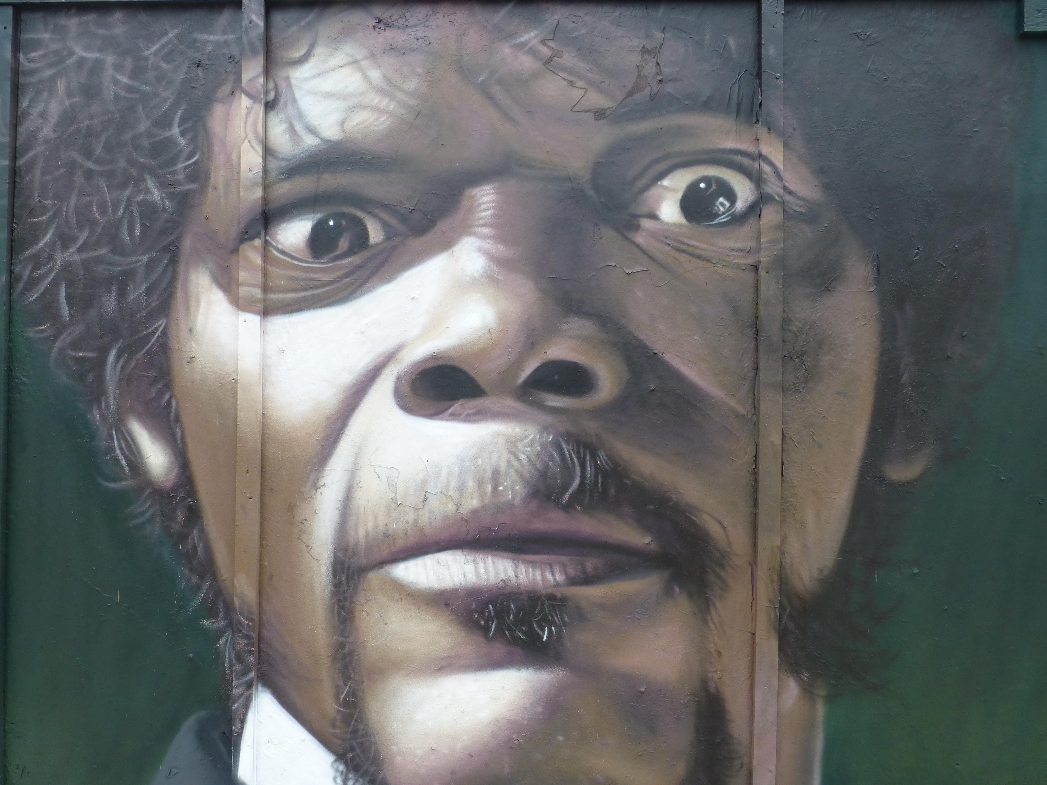 Images of Pulp Fiction Street Art | 4320x3240