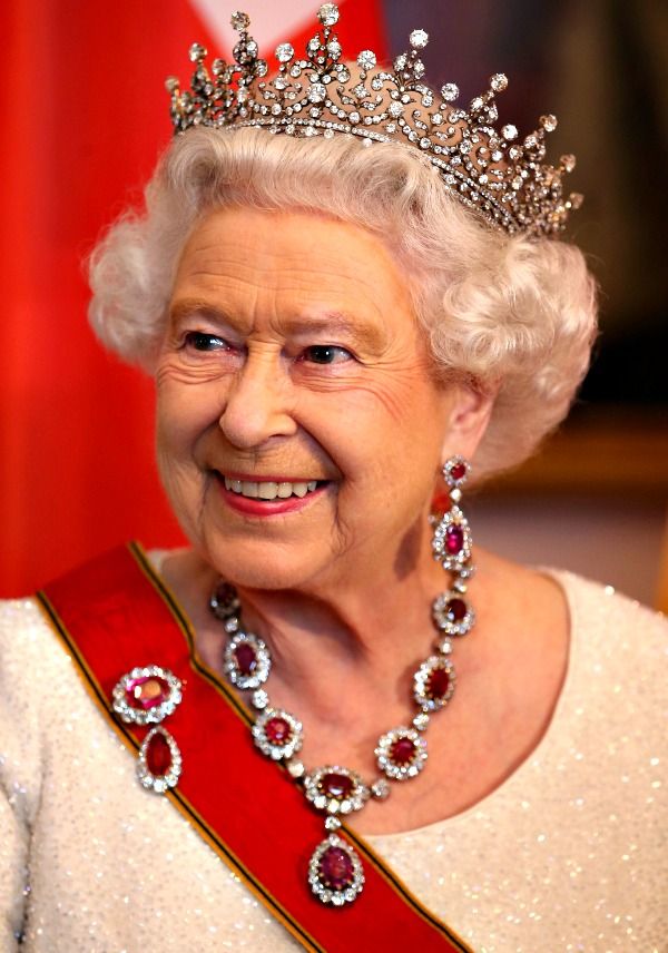 Queen Elizabeth II High Quality Background on Wallpapers Vista