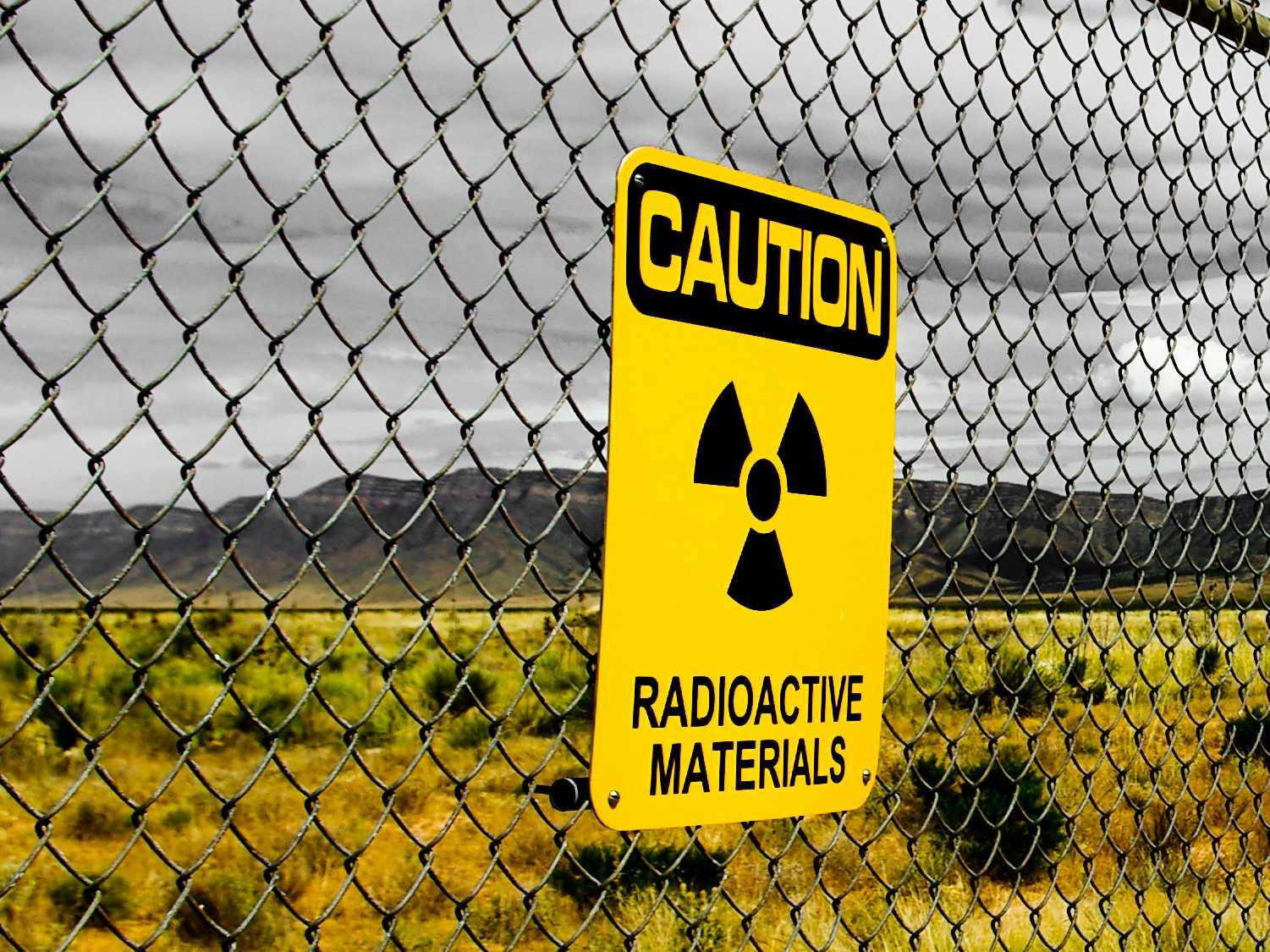 HQ Radiation Wallpapers   File 231.94Kb