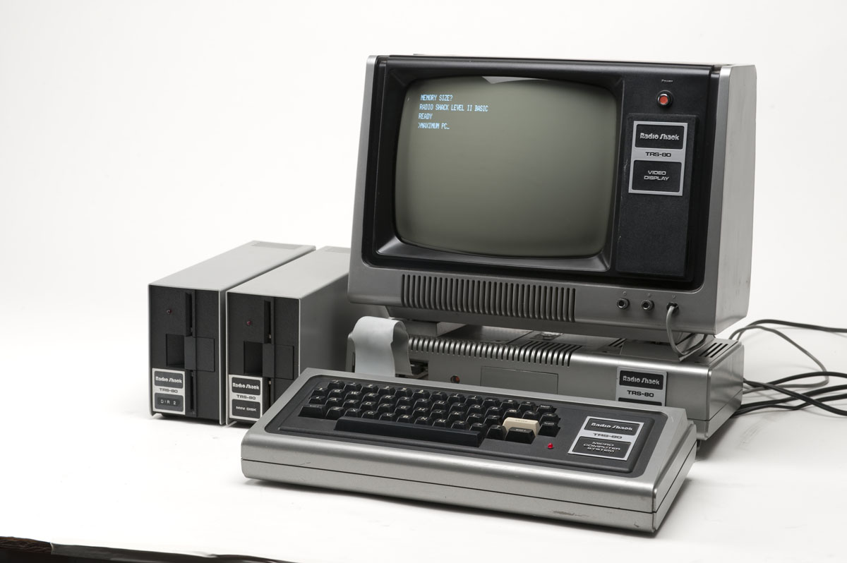 HD Quality Wallpaper | Collection: Technology, 1200x798 Radio Shack TRS-80