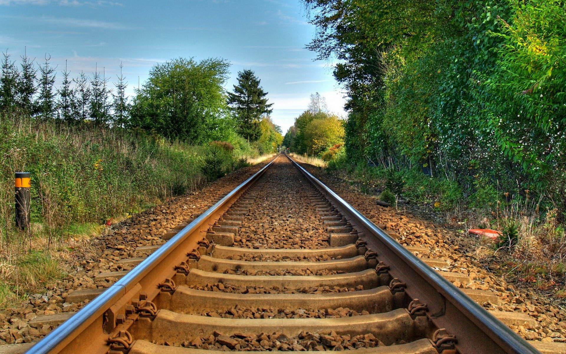 HQ Railroad Wallpapers | File 741.27Kb