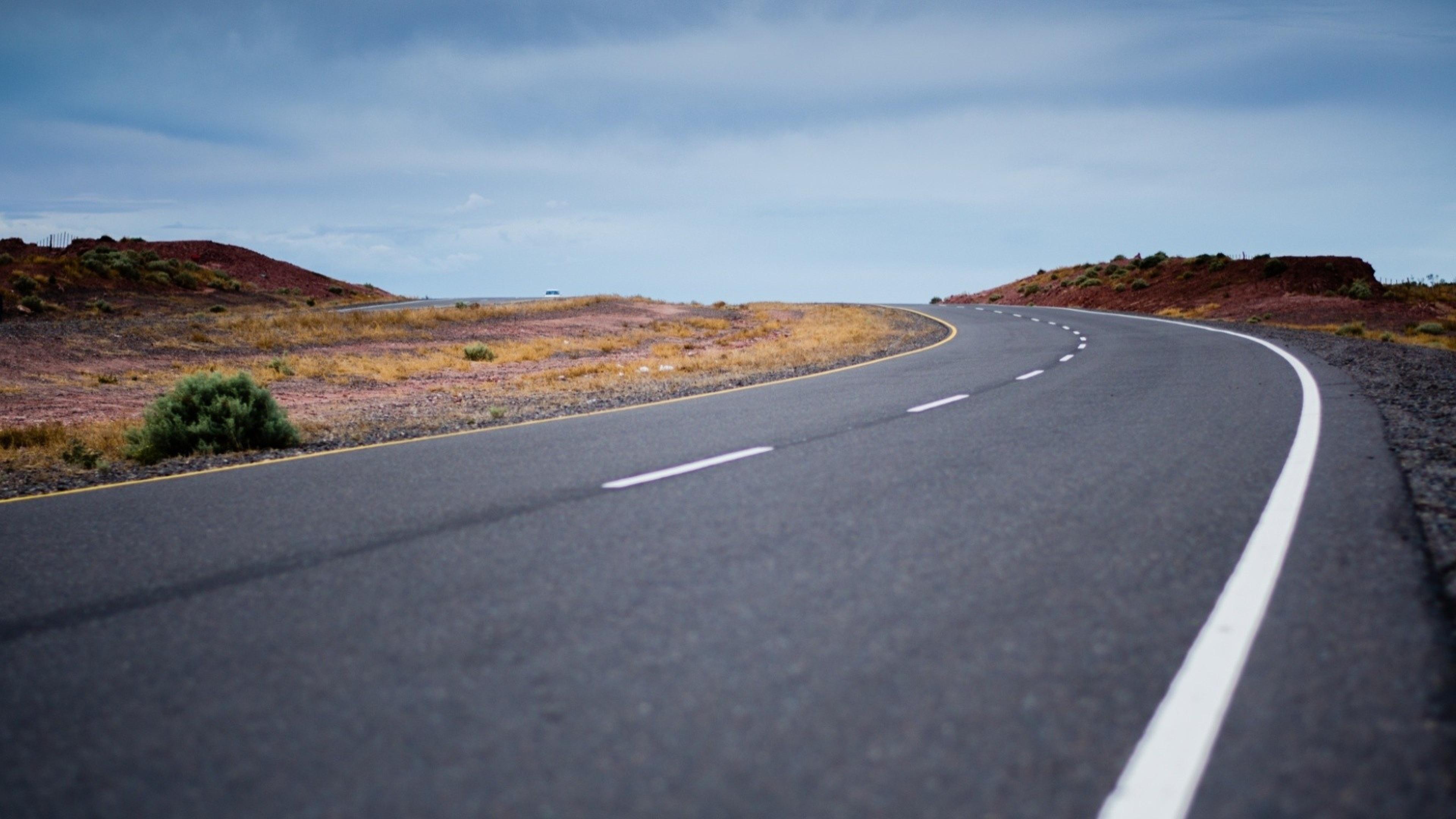 HQ Road Wallpapers | File 1611.27Kb