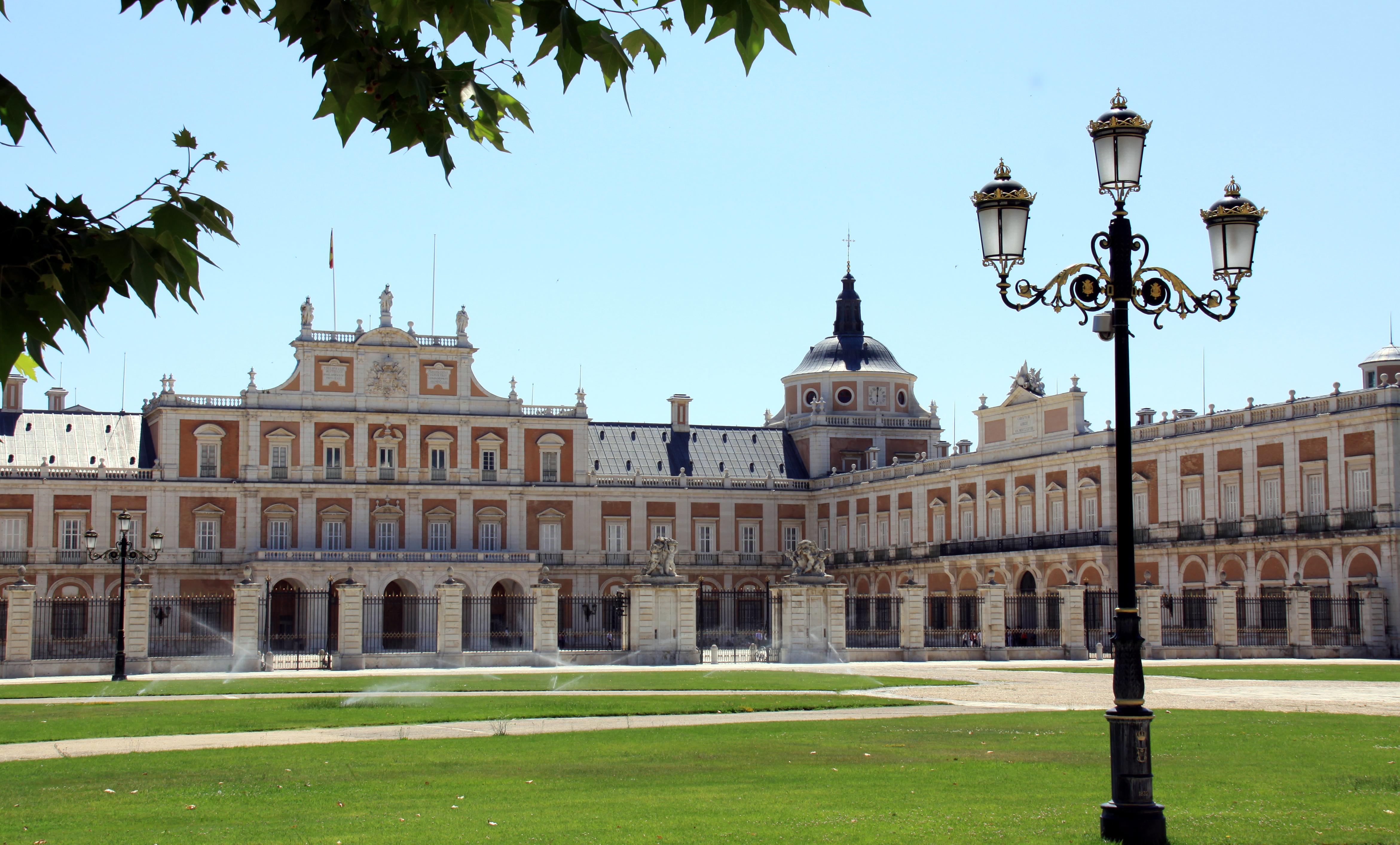 Royal Palace Of Aranjuez Pics, Man Made Collection