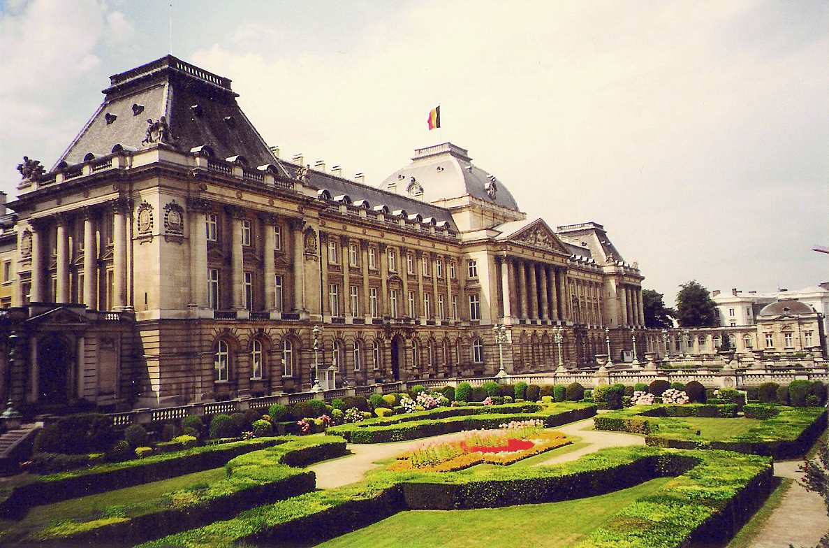 HD Quality Wallpaper | Collection: Man Made, 1187x784 Royal Palace Of Brussels