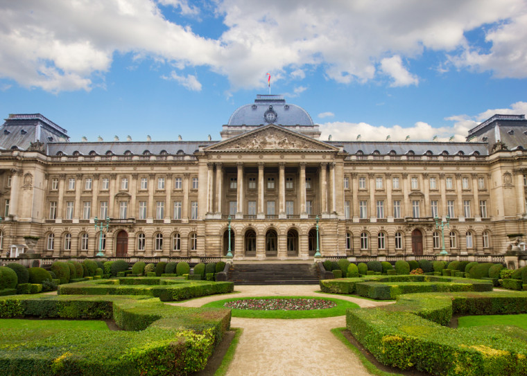 HQ Royal Palace Of Brussels Wallpapers | File 157.55Kb
