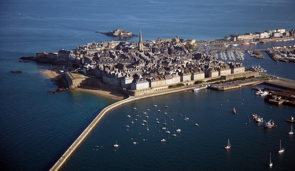 Amazing Saint Malo Pictures & Backgrounds