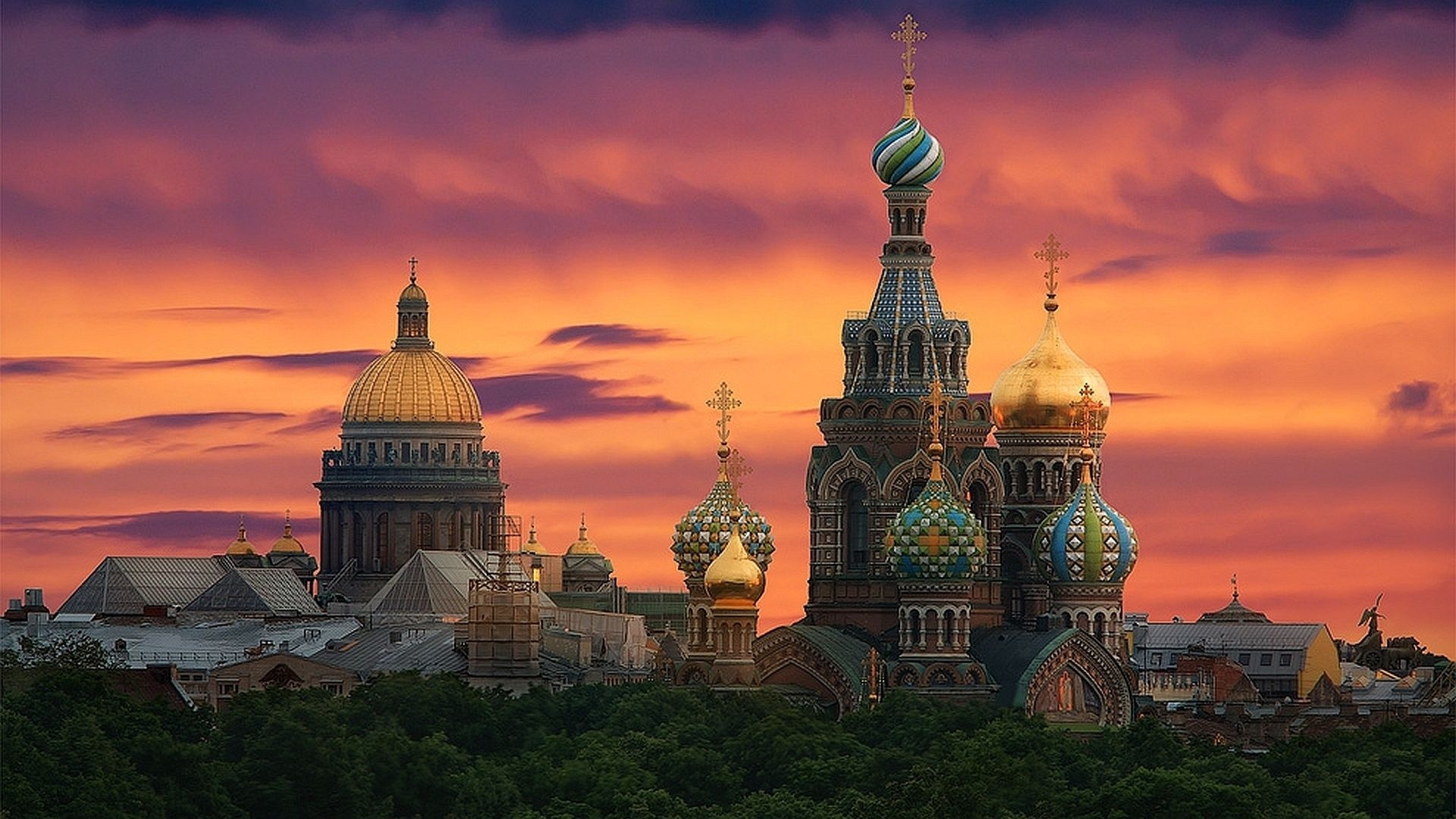 Amazing Saint Petersburg Pictures & Backgrounds