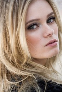 Sara Paxton High Quality Background on Wallpapers Vista