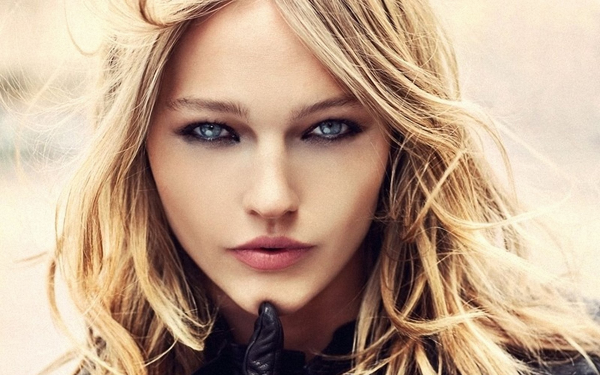 Sasha Pivovarova Pics, Celebrity Collection