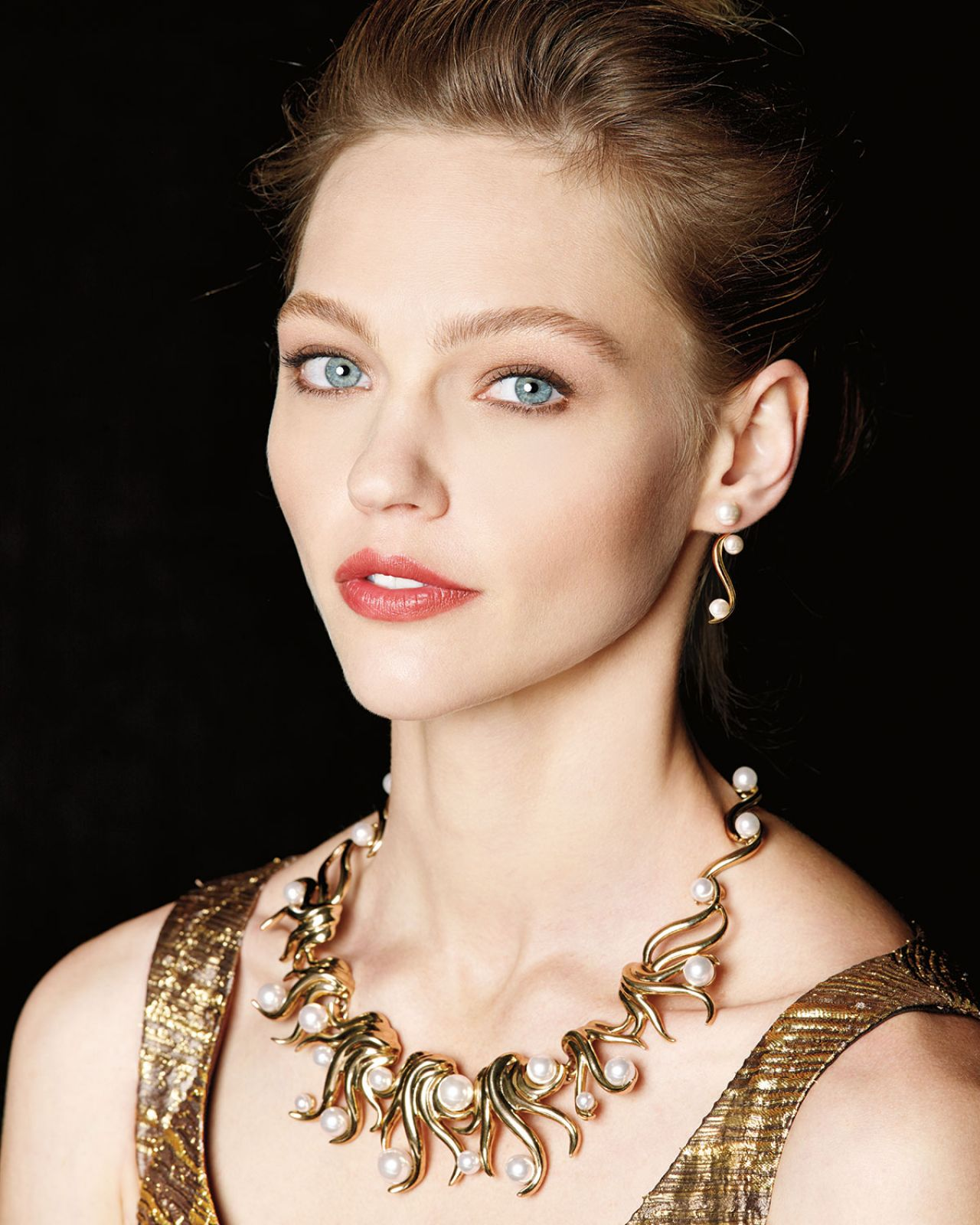 Amazing Sasha Pivovarova Pictures & Backgrounds