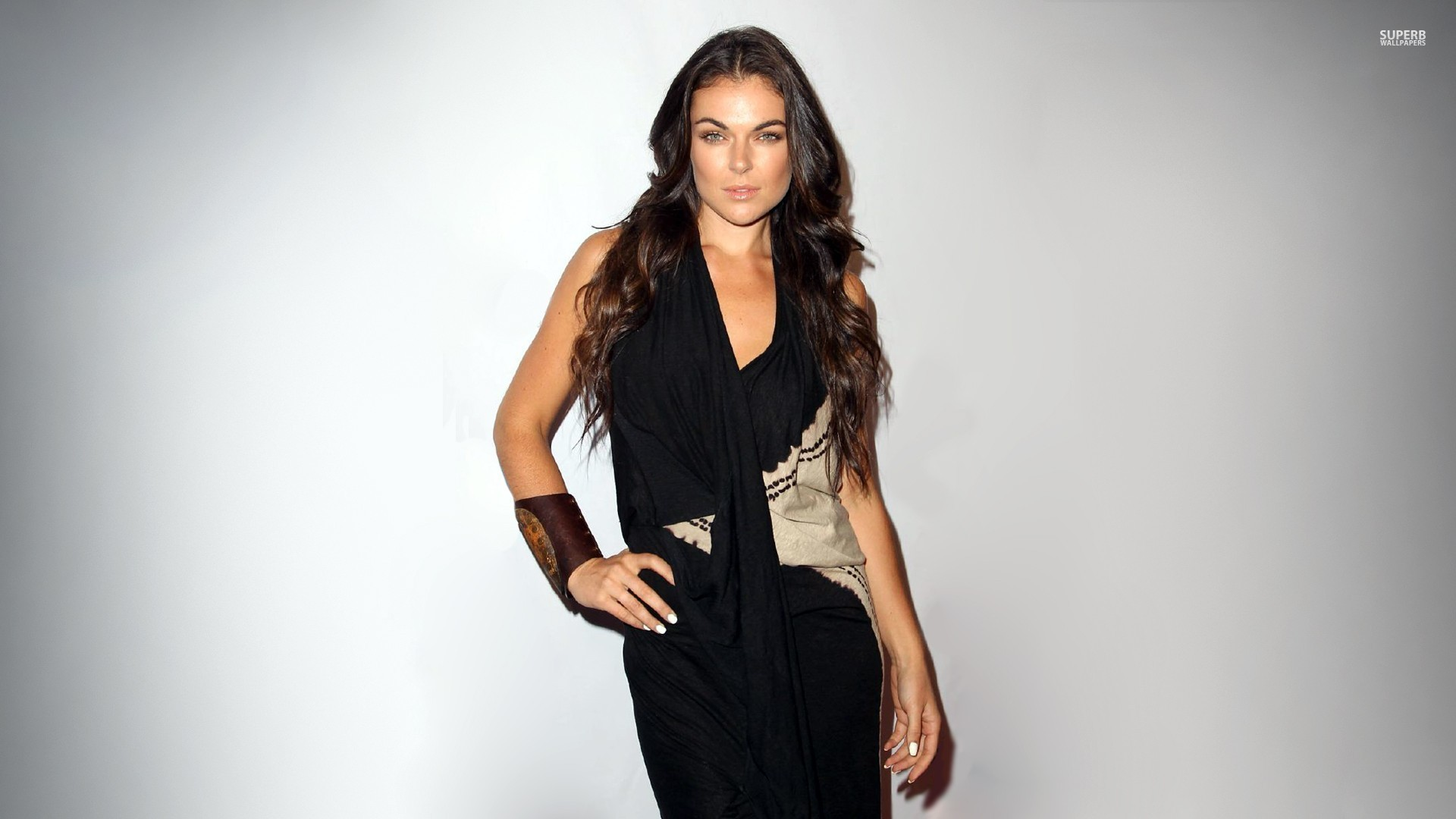 Serinda Swan High Quality Background on Wallpapers Vista