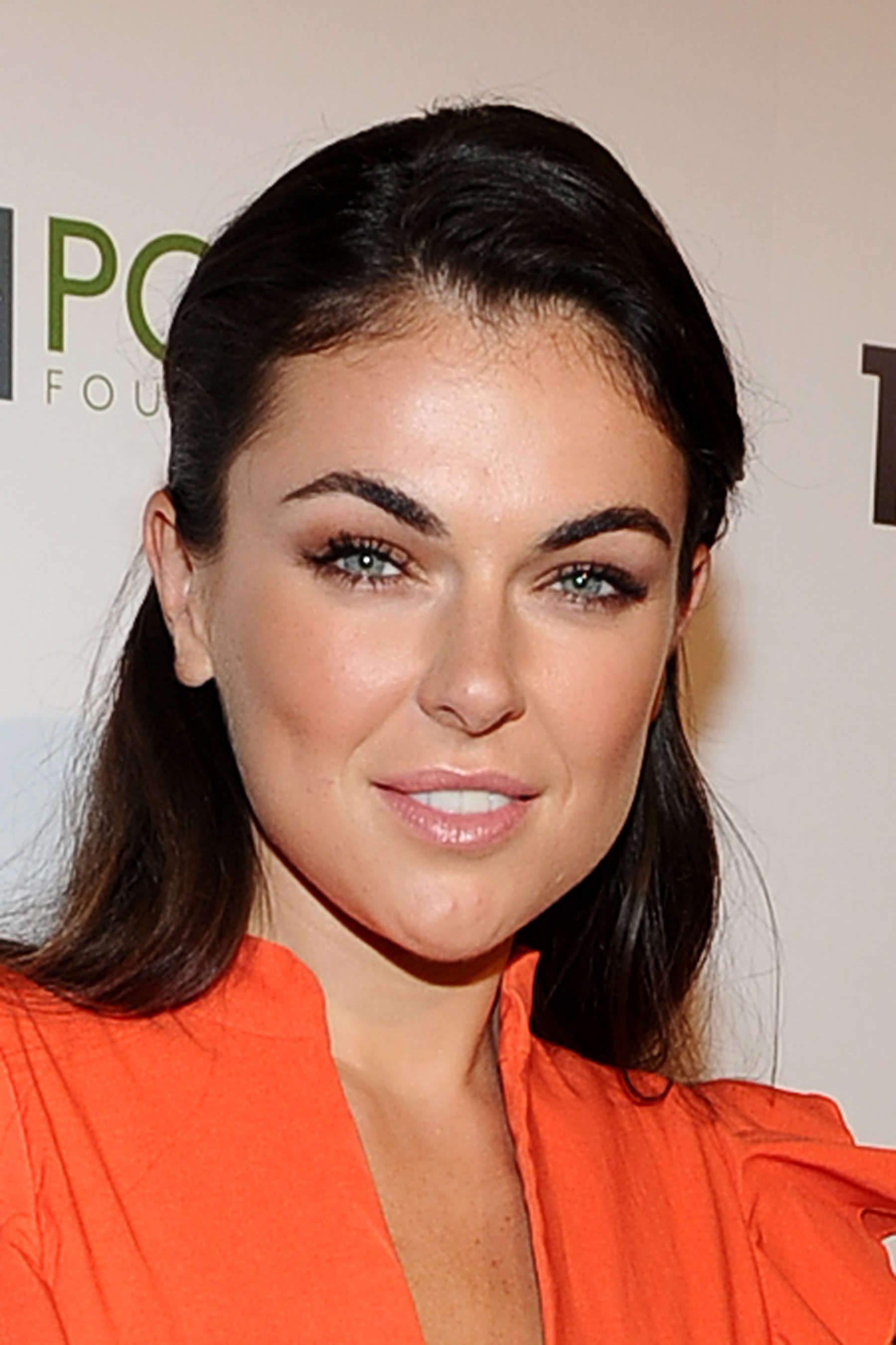 Serinda Swan Backgrounds, Compatible - PC, Mobile, Gadgets| 1800x2701 px