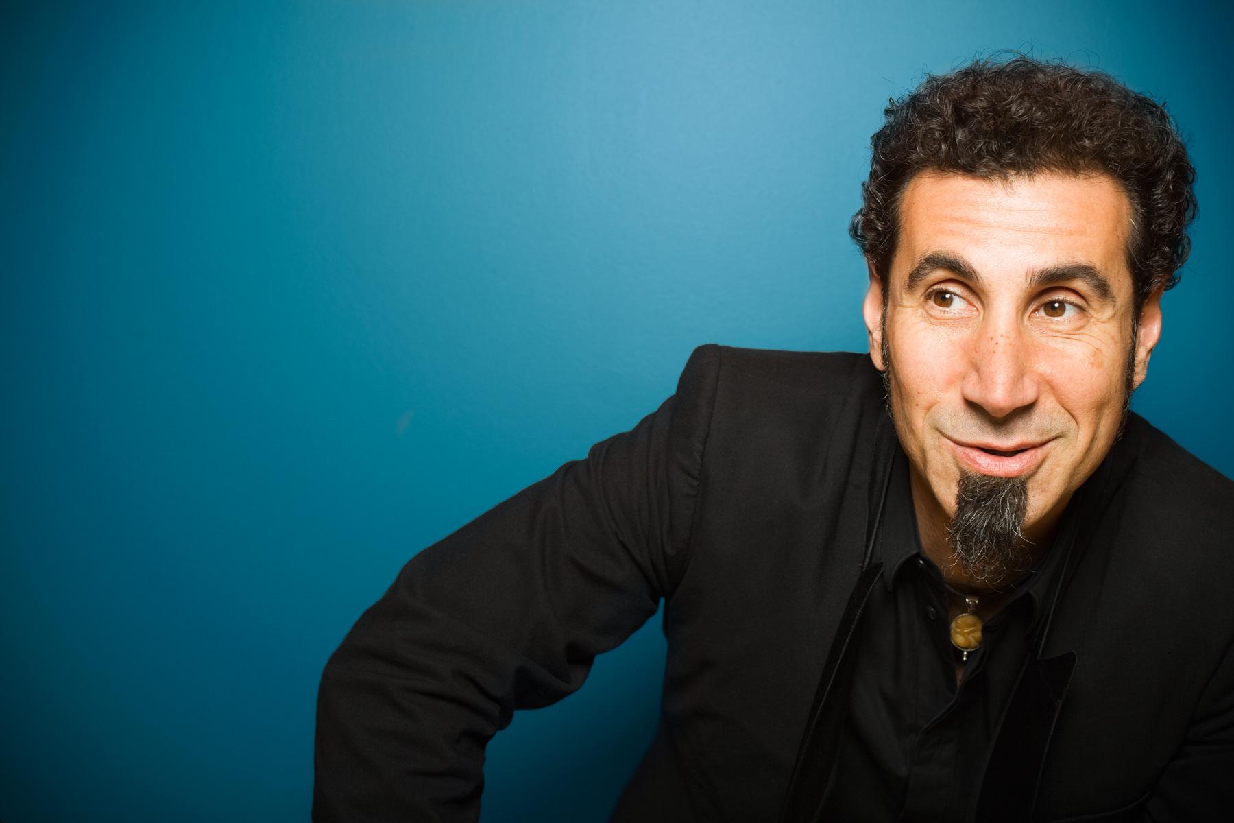 HQ Serj Tankian Wallpapers | File 360.37Kb