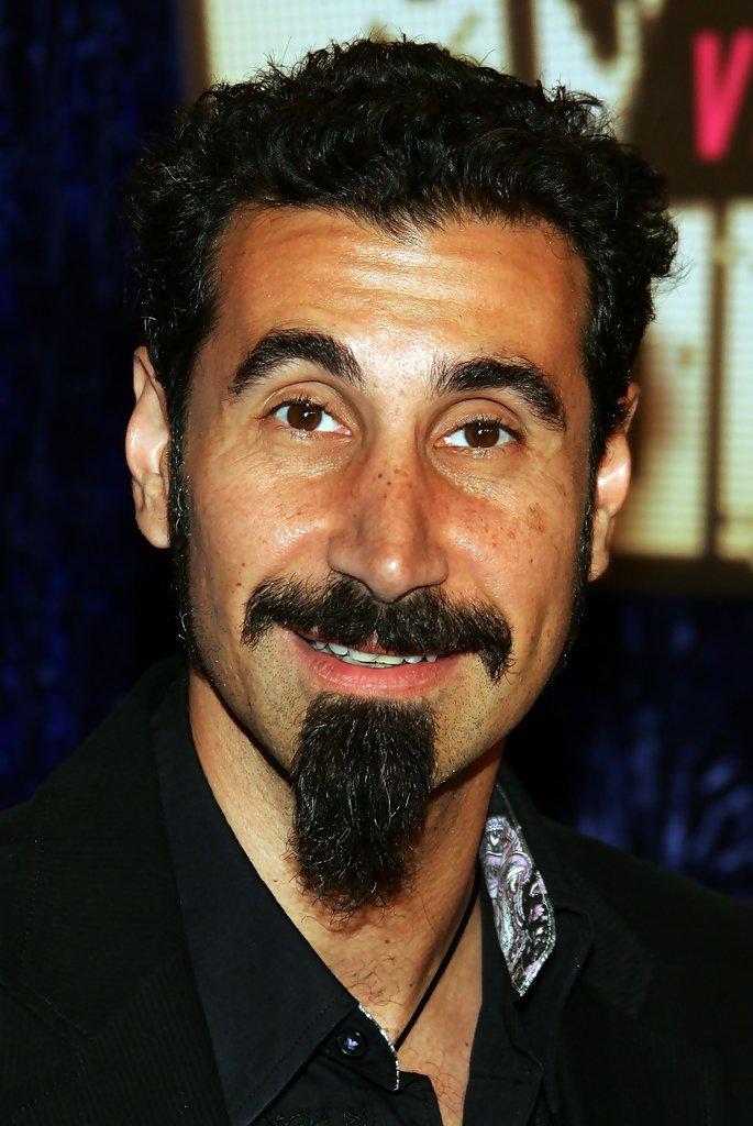 HD Quality Wallpaper | Collection: Music, 685x1024 Serj Tankian
