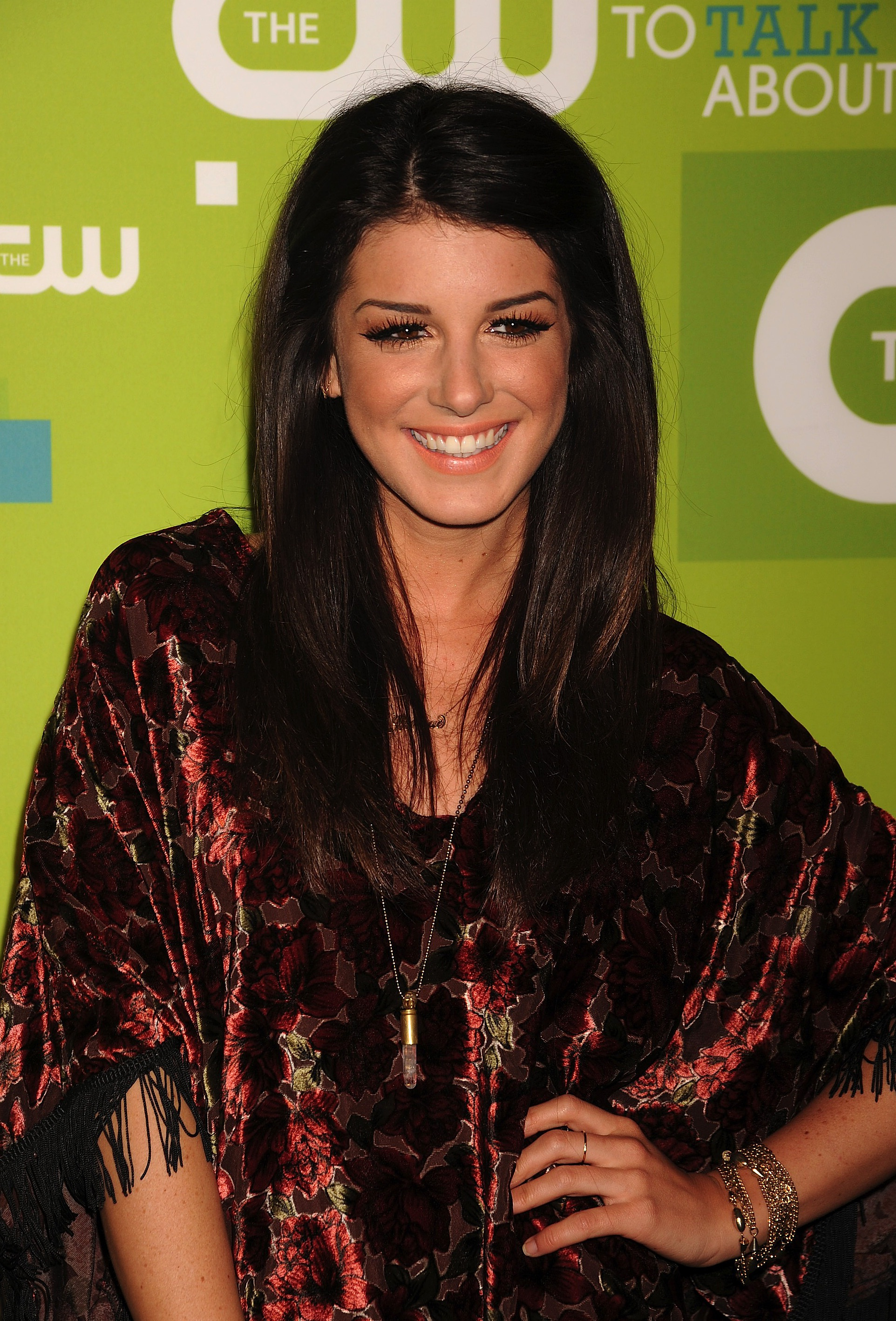 Shenae Grimes Backgrounds on Wallpapers Vista