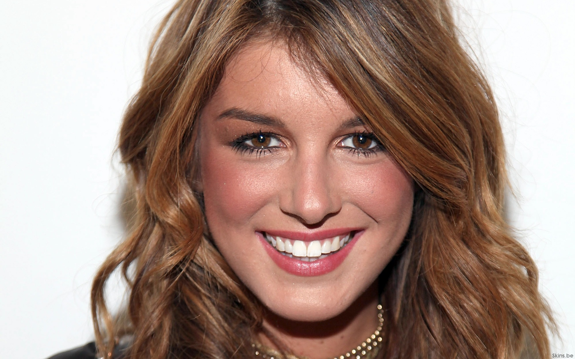 HQ Shenae Grimes Wallpapers | File 573.3Kb