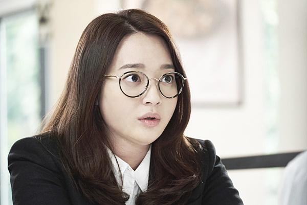 600x401 > Shin Min Ah Wallpapers