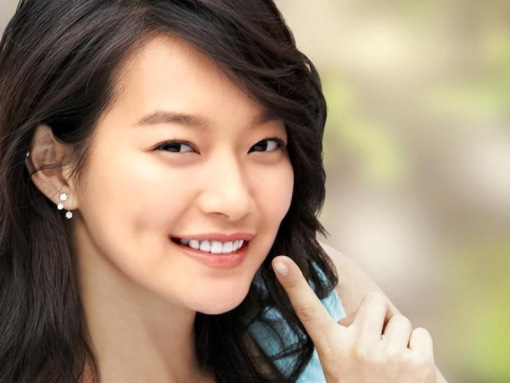 Amazing Shin Min Ah Pictures & Backgrounds
