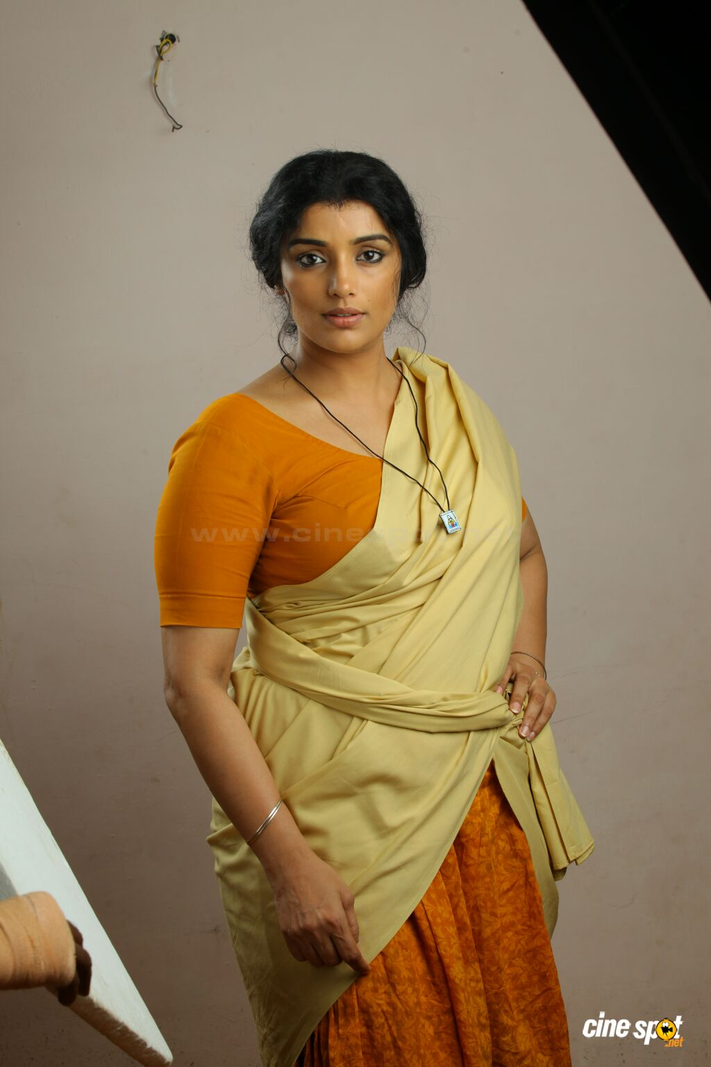 Shweta Menon Pics, Women Collection