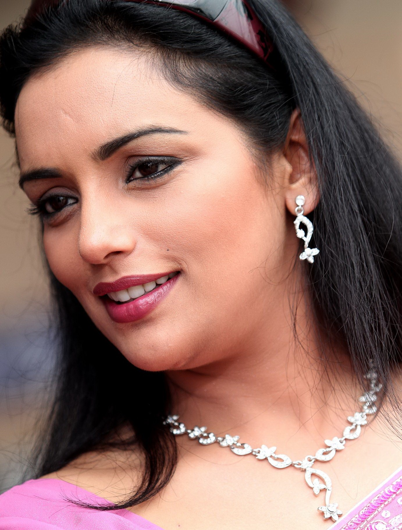 HQ Shweta Menon Wallpapers | File 473.82Kb