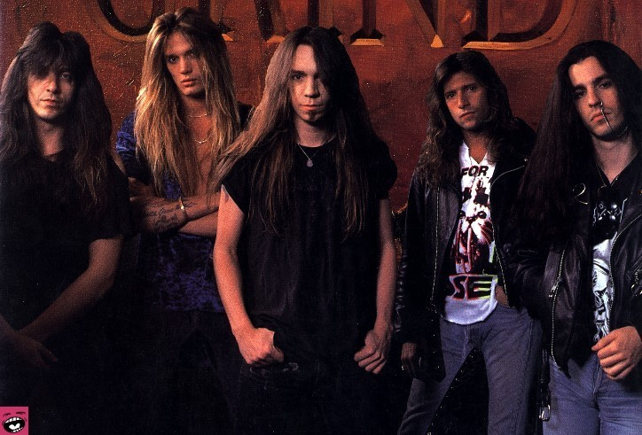 724x491 > Skid Row Wallpapers