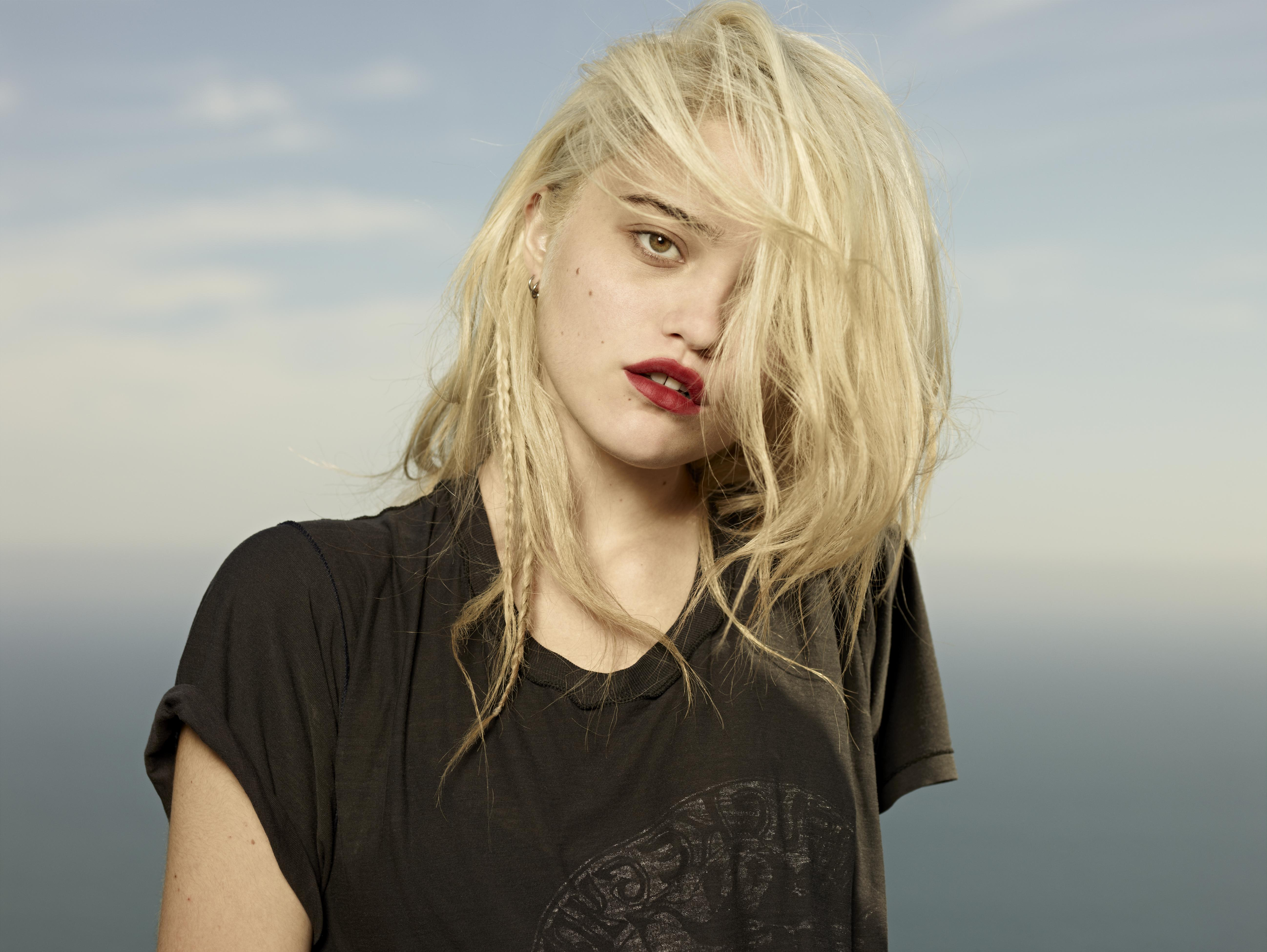 Sky Ferreira Backgrounds on Wallpapers Vista