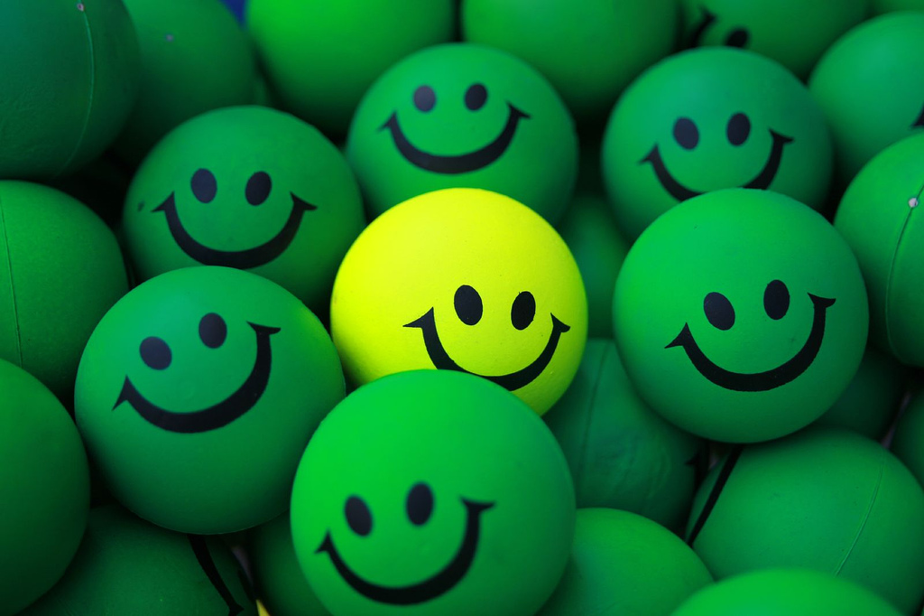 Smile High Quality Background on Wallpapers Vista