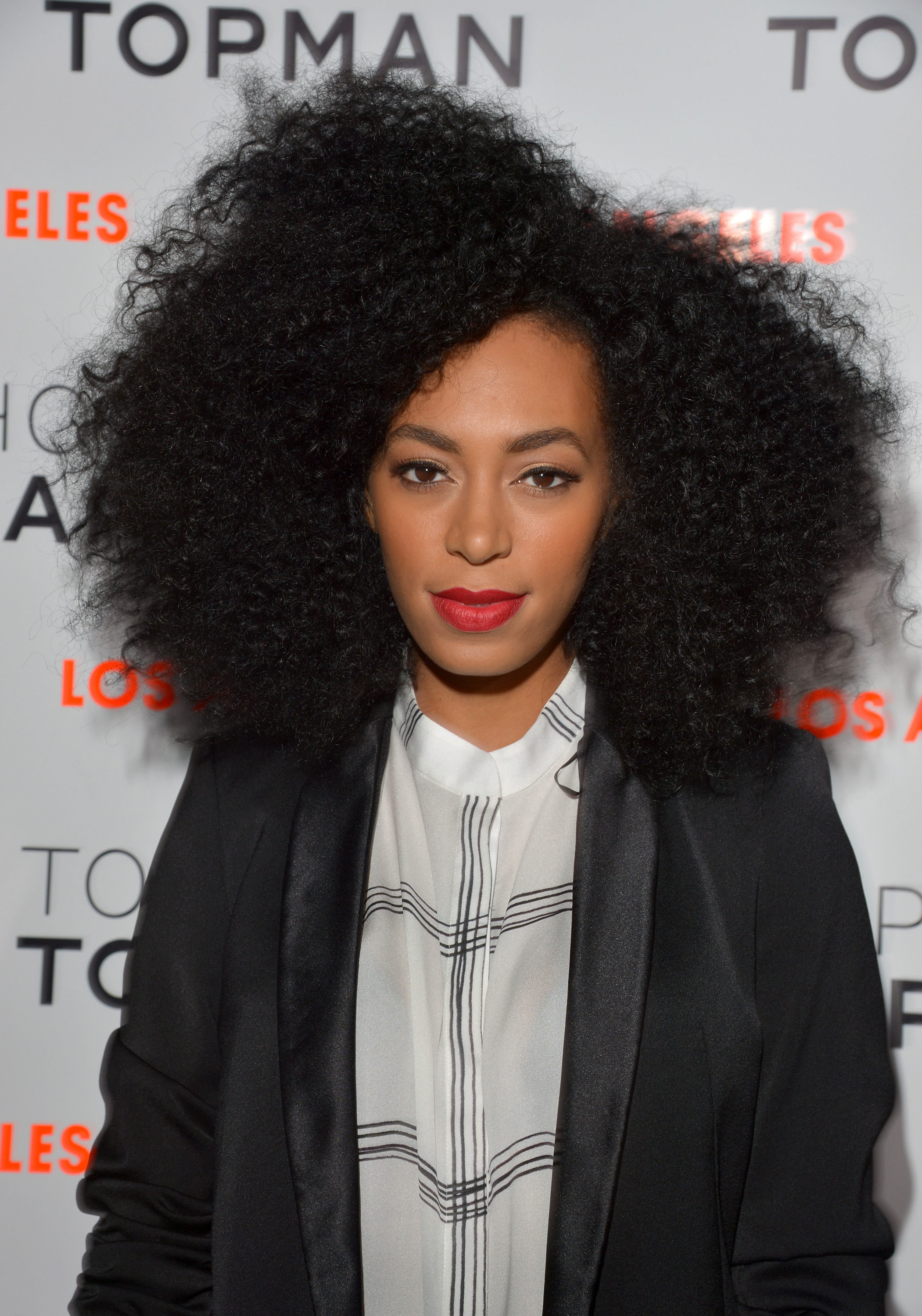 2101x3000 > Solange Knowles Wallpapers
