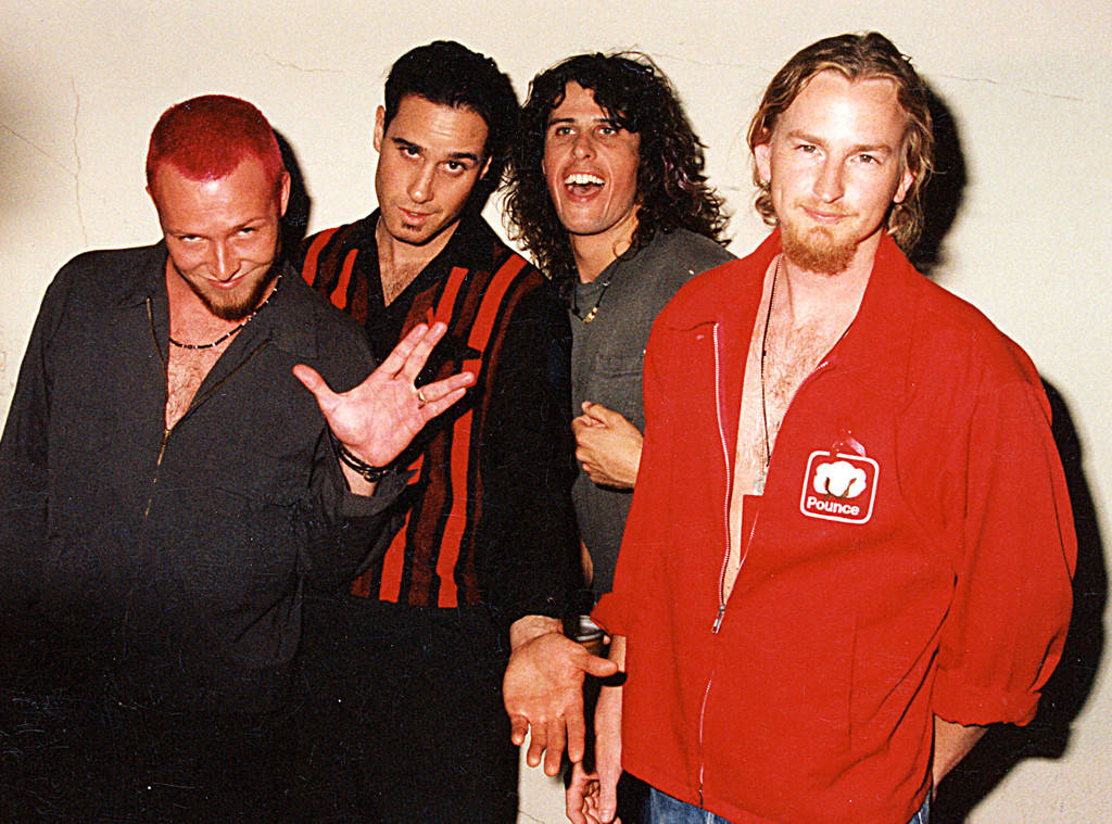 1024x759 > Stone Temple Pilots Wallpapers